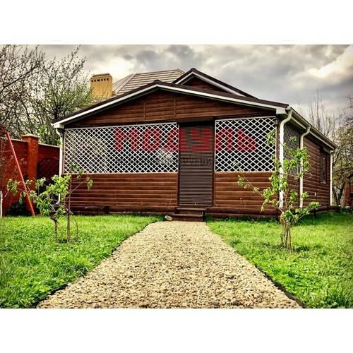 Дачный дом с верандой площадью 60 м кв.