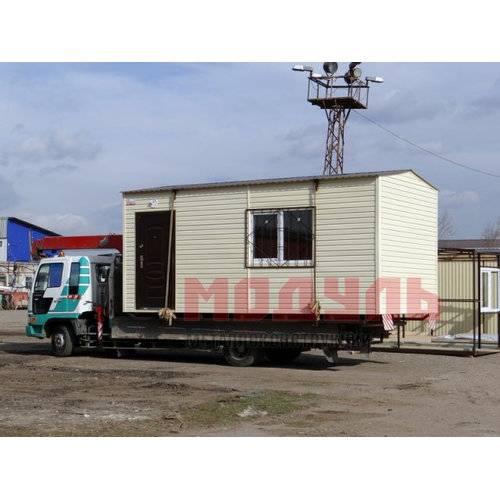 Дачный домик размером 6х3х3 м отделка снаружи сайдингом, одна большая комната