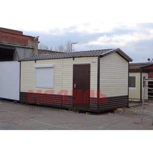Дачный доми размером 6х3х3 м отделка с наружи сайдингом, прихожая и комната