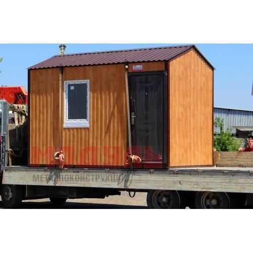 Дачный домик размером 4х2,5х2,7м наружная отделка выполнена из металлопрофиля под дерево