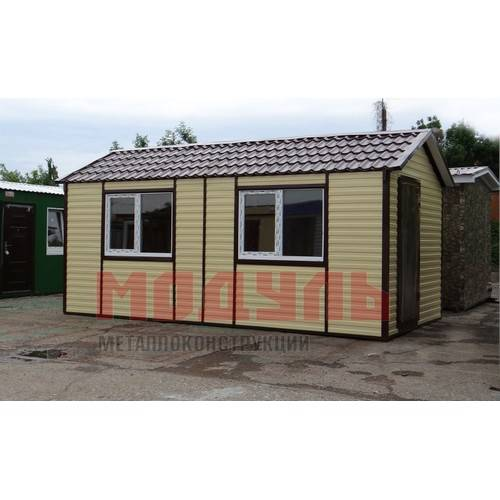 Дачный домик размером 6х3х3 м, утепленный, состоит из 2-х комнат