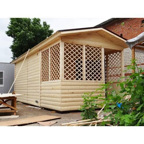 Садовый домик размером 7х3х3 м, утепленный, поделен на комнату, кухню и веранду