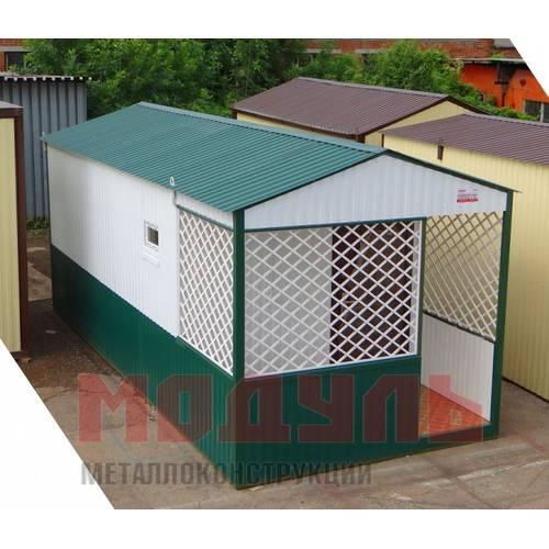 Садовый домик размером 7х3х3 м, утепленный, поделен на веранду, кухню и комнату